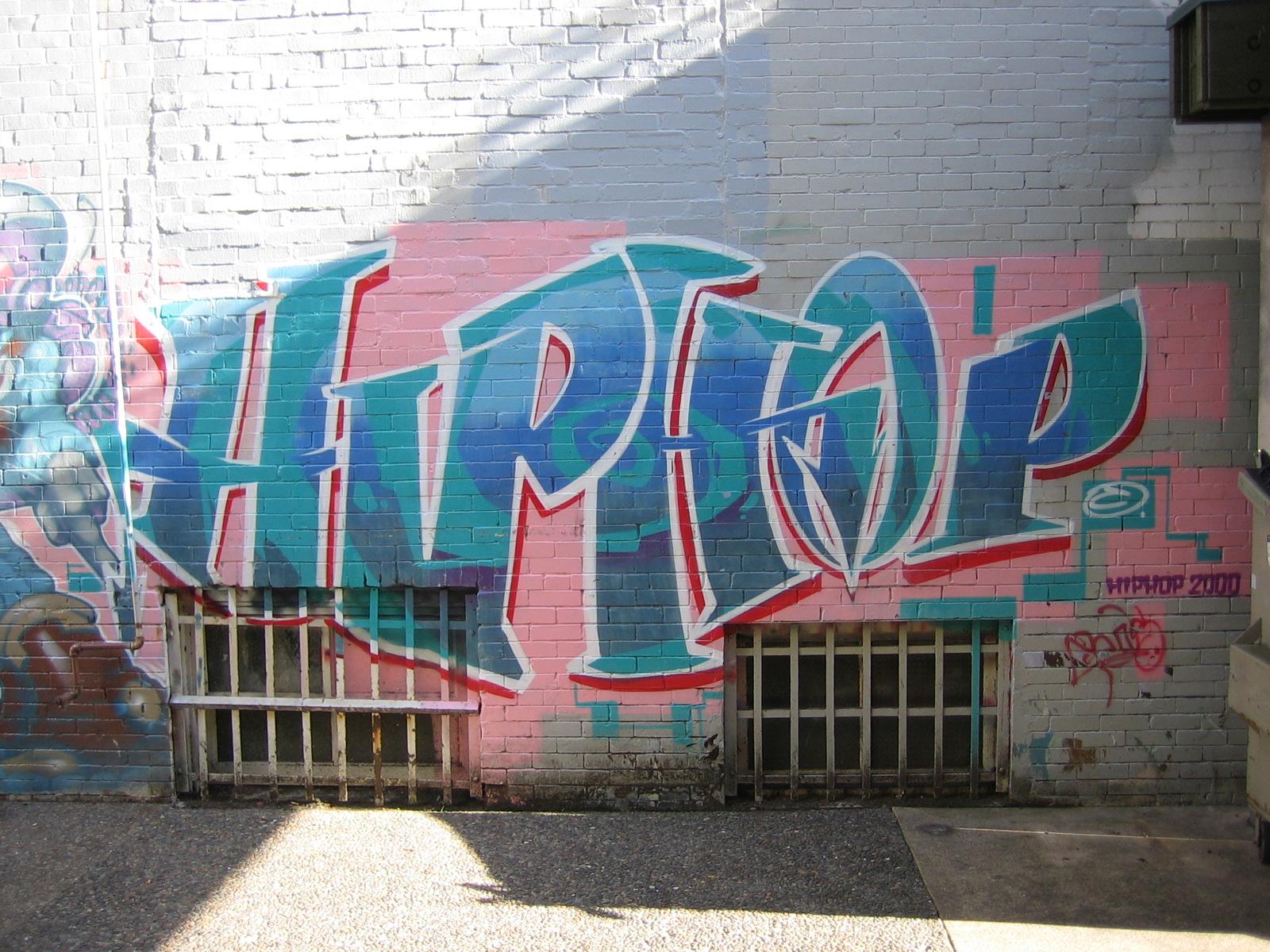 hiphopgraffiti1.jpg